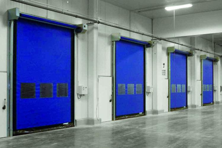 Szybkobieżna brama wewnętrzna DYNACO M2 COMAPCT