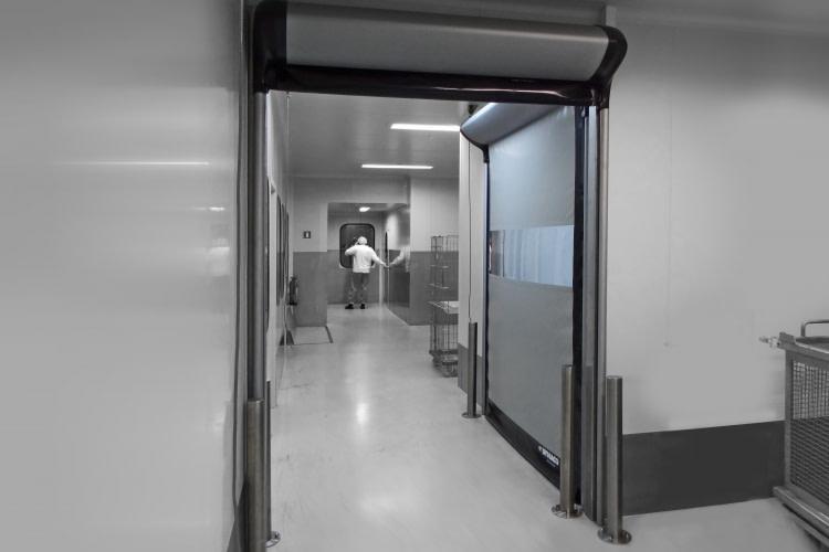 Szybkobieżna brama wewnętrzna do pomieszczeń czystych DYNACO D-313 CLEANROOM