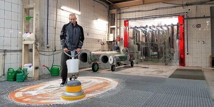 Utworzenie strefy mokrej i suchej w pralni dywanów